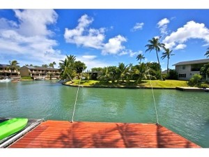 Great Marina frontage with boat dock -- minutes to access the oc
